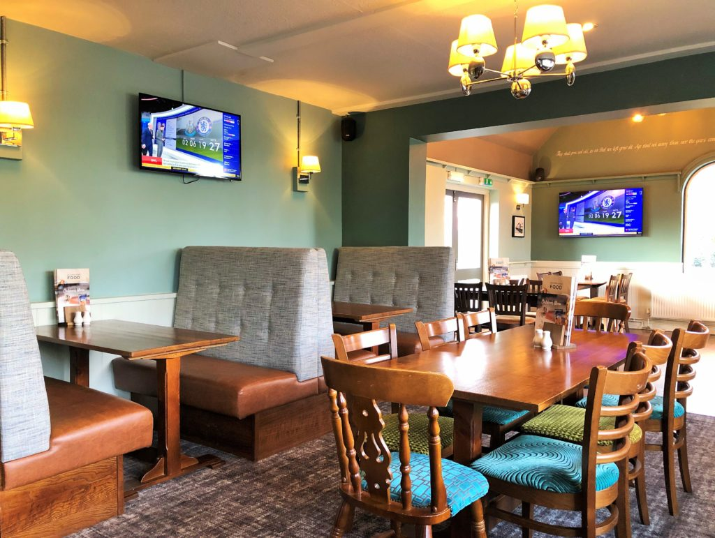 booths and family dining in the bar at western arms silver end witham essex